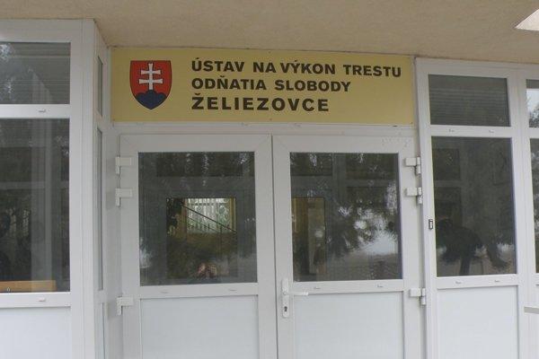 Voľby do VÚC tentoraz obišli zariadenie vo Veľkom Dvore pri Želiezovciach.