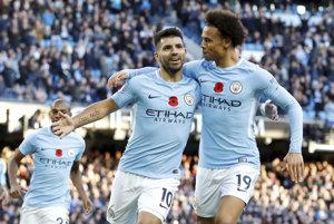 Hráči Manchestru City sa radujú po jednom z gólov.
