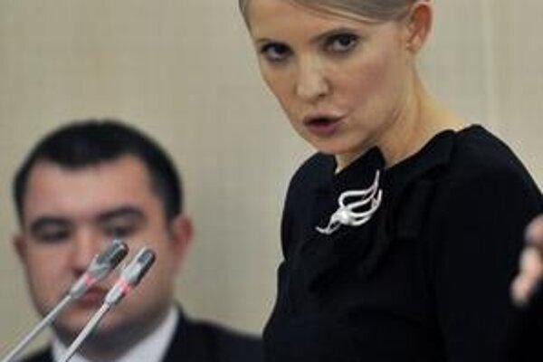 Julia Tymošenková z postu premiérky dobrovoľne odísť odmieta.