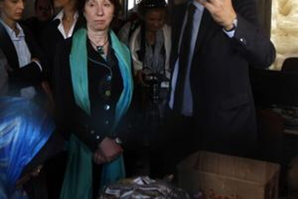 Ashtonová v Gaze.