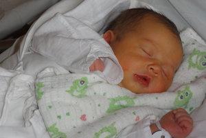 Karin Krausová - Rodičia Lenka a Ivan zo Skalitého   majú od  pondelka  30. októbra doma párik. K ich päťročnému synčekovi Filipkovi pribudla v tento deň Karin Krausová ( 3750 g, 52 cm). Meno Karin je talianskeho pôvodu a v preklade znamená