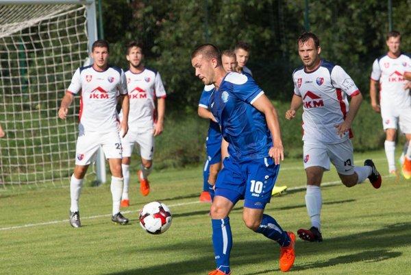 Vprvom vzájomnom dueli strelil víťazný gól Človečko (s loptou). Výhra so Zvolenom vúvode sezóny nakopla Košičanov kúspešnej jeseni. Rovnakú fazónu sa pokúsia zopakovať aj vodvetnej časti, ktorá sa začína už dnes.