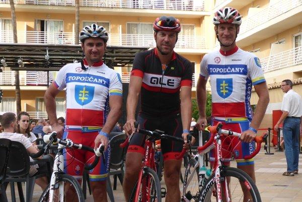 Topoľčianski cyklisti.