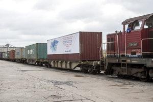Vlak z Číny dorazil do Bratislavy do 17 dňoch svojej cesty.