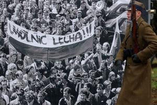 Spomienky na historické udalosti Poliakom vybledli.