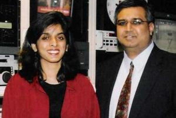 Muzzammil Hassan s manželkou Aasiyou