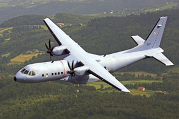 Lietadlo CASA 295M