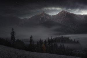 Príroda - 1. miesto: Marián Kuric – Keď mesiac zapadá (Ždiar)
