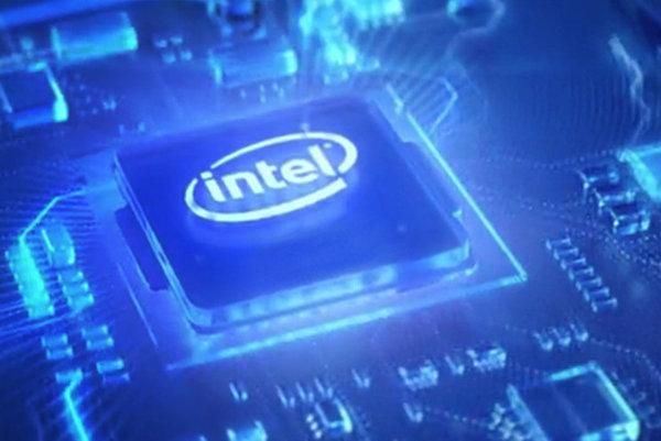Intel na Computexe predstavil 28-jadrový procesor, AMD zas 32.