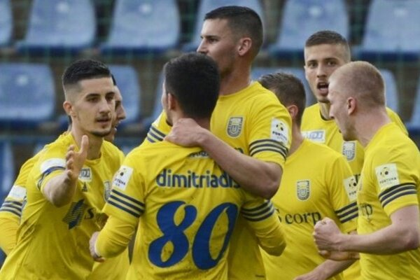 Radosť Michalovčanov po góle, ktorý rozhodol.