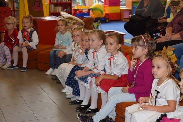 V súťaži si prvýkrát škôlkari odskúšali vystupovanie pred neznámym publikom aroztomilo zápasili strémou.