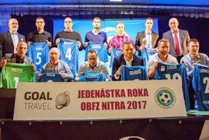 Členovia najlepšej zostavy roka v súťažiach ObFZ Nitra za rok 2017.