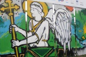 Anjel na plote vyzerá rovnako, ako pred rokom.