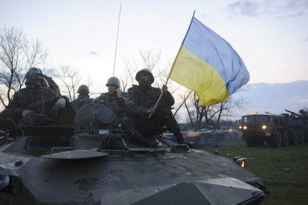 Ukrajinská vláda hrozila aj nasadením armády.
