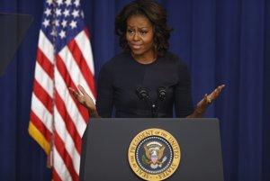 """Predkovia Michelle LaVaughn Robinsonovej boli otroci, jej otec Fraser bol zamestnancom mestských vodárni, mama Marion bola sekretárkou, ktorá neskôr ostala s deťmi doma, Michelle Obamová je druhýkrát prvou dámou Spojených štátov. """"Deti, ktoré sa narodili za posledných osem rokov, budú poznať len Afroameričana, ktorý bol prezidentom Spojených štátov. To je pre nich veľká zmena,"""" povedala Obamová minulý rok pre časopis Parade."""