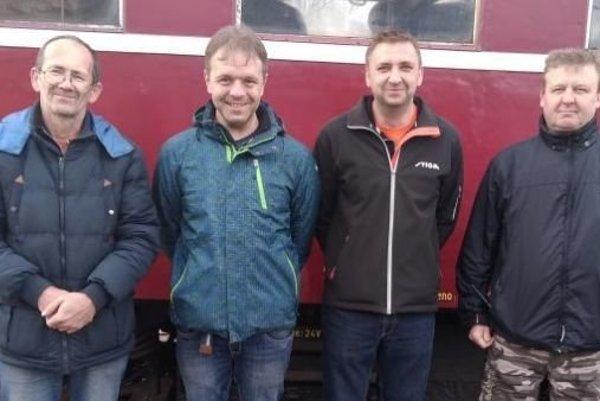 Železničiari zľava Lumír Kunc, Richard Paulech, Pavol Zofčák, Pavol Vlček.