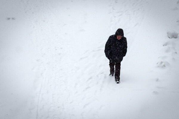 Ľuďom, ktorým hrozí podchladenie, prichýlia v nocľahárni.