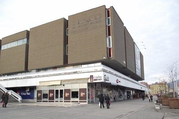 Bývalé Tesco je od augusta zatvorené.