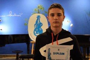 Matej Bartúnek získal na súťaži striebro.