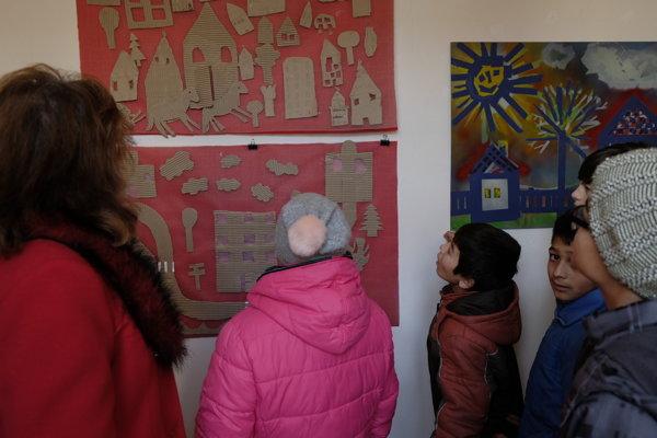 Výstava vo Farebnej galérii potrvá do konce decembra.