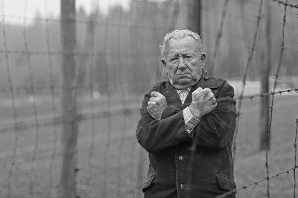 V Česku zomrel bývalý politický väzeň František Zahrádka