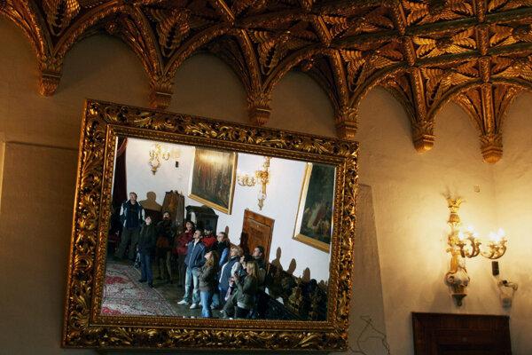 Zlatá sála bojnického zámku bola miestom odovzdávania Zlatých pier Ladislava Ťažkého.
