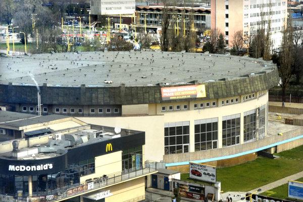 Košická plaváreň. V súčasnosti vyrába športovisko ročne stratu 300-tisíc eur.