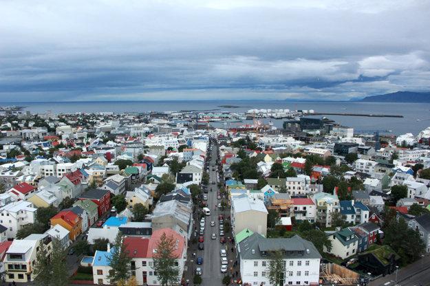 Pohľad na Reykjavík z veže kostola Hallgrímskirkja