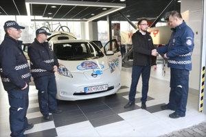 Nový elektromobil mestskej polície.