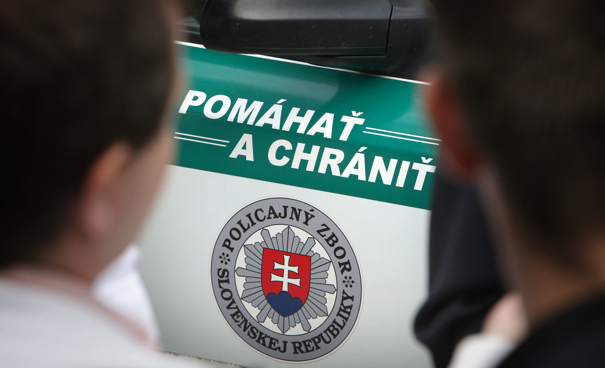 Rozhodcov obvinili z korupcie. Bolo ich toľko, že prišiel autobus - domov.sme.sk