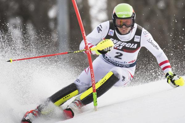 Rakúšan Michael Matt zvíťazil v 1. kole slalomu v Záhrebe.