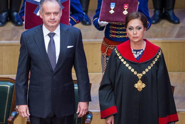 Prezident Andrej Kiska a predsedníčka Ústavného súdu Ivetta Macejková.