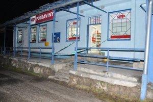 Predajňu potravín v Kalamenoch vykradli vo večerných hodinách.