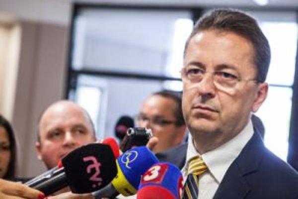 Zamestnanci sa formou otvoreného listu obrátili na ministra obrany M. Glváča