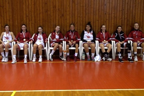 Basketbalistky BKM Bardejov.