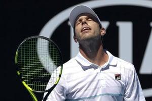 Sam Querrey vypadol v druhom kole Australian Open.