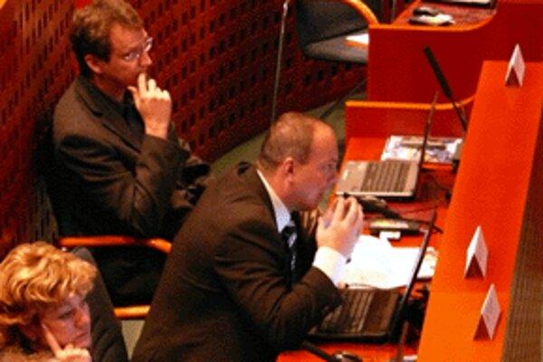 Tomáš Novanský (v strede) tvrdí, že BPM má stále svoje opodstatnenie.