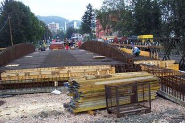 Most chcú ukončiť v novembri.