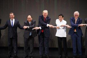 Na samite ASEAN na Filipínach.