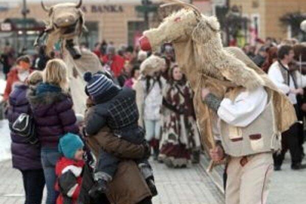 Záver fašiangov bol vlani v Banskej Bystrici veselý