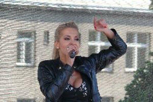 Dara Rolins zaspievala Bystričanom