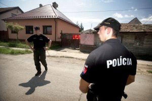 Čo sa deje v rodinách, je pred policajtmi väčšinou ukryté.