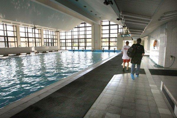 Športové kluby cestujú na tréningy do Žiaru nad Hronom aj do Banskej Bystrice.