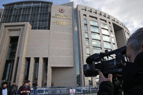 Sídlo tureckého súdu, kde vyniesli verdikt nad tromi útočníkmi v Istanbule.