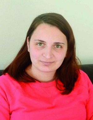 Monika Almášiová, redaktorka.