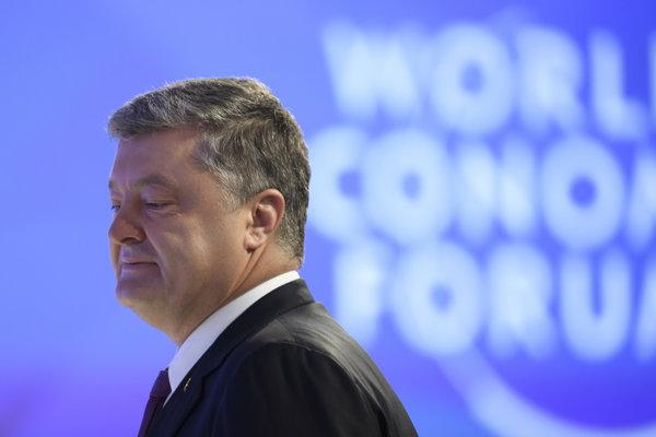 Ukrajinský prezident Petro Porošenk sa bude uchádzať o znovuzvolenie.