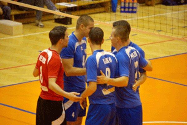 Zvolenskí volejbalisti minimálne na rok volejbalovú extraligu opúšťajú.