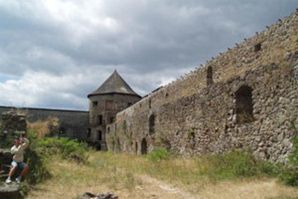 Kláštor v Bzovíku bude potrebné zrekonštruovať.