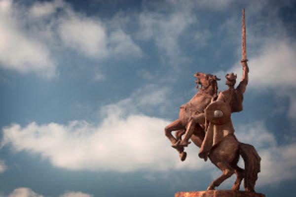 K najzámejším dielam Jána Kulicha z posledných rokov patrí aj socha Svätopluka na Bratislavskom hrade.