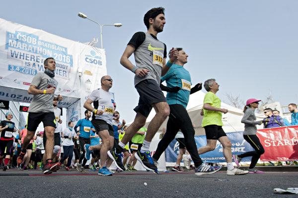 Záujem o Bratislava Marathon každoročne stúpa. Už túto sobotu si budú môcť bežci preveriť svoju formu na Zimnej desiatke.